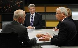 <p>NDP Leader Jack Layton (L) takes part in the English leaders' debate with Canadian Prime Minister Stephen Harper (2nd L), Liberal Party Leader Stephane Dion (2nd R) and Green Party Leader Elizabeth May (obscured) in Ottawa, October 2, 2008. Canadians will head to the polls in a federal election October 14. REUTERS/Tom Hanson/Pool</p>