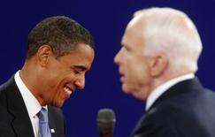 <p>Obama e McCain em debate REUTERS/Jim Young (UNITED STATES) US PRESIDENTIAL ELECTION CAMPAIGN 2008 (USA)</p>