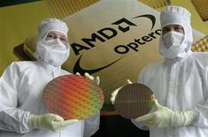 <p>Advanced Micro Devices a fait état jeudi de résultats supérieurs aux attentes en raison d'une forte demande pour ses puces graphiques, ce qui a fait monter son cours de Bourse. /Photo d'archives/REUTERS/Arnd Wiegmann</p>