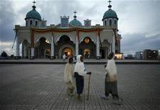<p>Children walk to church to attend Orthodox New Year mass in Addis Ababa in a file photo. REUTERS/Radu Sigheti</p>
