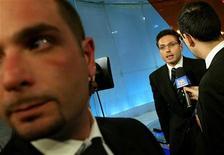 <p>Il vice presidente di Mediaset Pier Silvio Berlusconi durante un'intervista. REUTERS/Tony Gentile</p>
