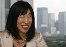 <p>Aozora Bank managing executive officer Michiko Achilles speaks during an interview with Reuters at the bank headquarter in Tokyo November 5, 2008. REUTERS/Toru Hanai</p>