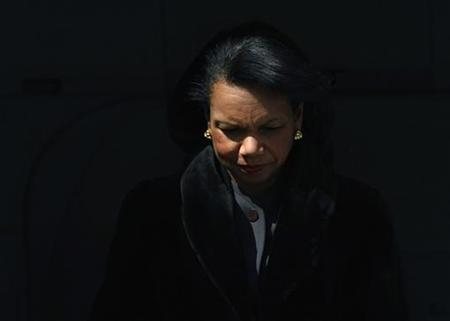 U.S. Secretary of State Condoleeza Rice arrives at Tokyo's Haneda airport February 27, 2008. Rice arrived in Japan on Wednesday for a two-day visit. REUTERS/Issei Kato