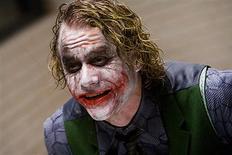 """<p>O falecido ator australiano Heath Ledger recebeu um dos mais prestigiados prêmios de cinema de seu país neste sábado, pelo papel de Coringa no filme do Batman """"O Cavaleiro das Trevas"""". REUTERS/Warner Bros./Handout</p>"""