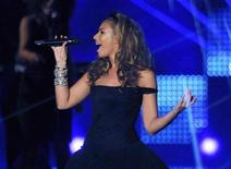 <p>British singer Leona Lewis performs during the 60th Bambi media awards ceremony in the southwestern German town of Offenburg November 27, 2008. REUTERS/Wolfgang Rattay</p>