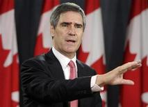 <p>Liberal Member of Parliament Michael Ignatieff announces his candidacy for the Liberal Party of Canada leadership at a news conference at the National Press Theatre in Ottawa November 13, 2008. EUTERS/Blair Gable</p>