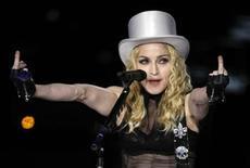 "<p>Madonna durante show da turnê ""Sticky & Sweet"" em São Paulo REUTERS/Paulo Whitaker (BRAZIL)</p>"