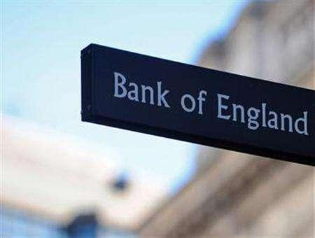 The Bank of England will slash interest rates to a record low when it meets on Thursday as evidence piles up that the economy has slumped into a deep recession, a Reuters poll showed. REUTERS/file