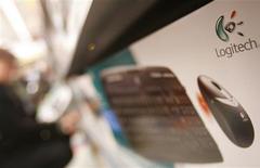 <p>Le numéro un mondial des souris informatiques, le suisse Logitech International, envisage de supprimer 15% de ses effectifs et renonce à produire des objectifs chiffrés pour son exercice 2009. /Photo d'archives/REUTERS/Michael Buholzer</p>
