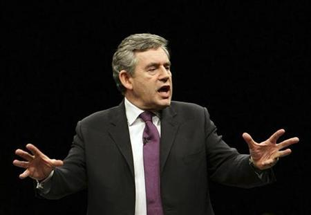 Prime Minister Gordon Brown attends a 'Listening Event' with members of the public at the BT Liverpool arena in Liverpool, northern England January 8, 2009. REUTERS/Christopher Furlong/Pool