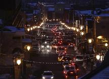 <p>A general view of Main Street in Old Town Park City is seen from the south at dusk during the 2009 Sundance Film Festival in Park City, Utah January 18, 2009. REUTERS/Danny Moloshok</p>