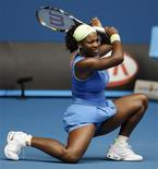 <p>Serena Williams avançou às oitavas de final do Aberto da Austrália REUTERS/Daniel Munoz (AUSTRALIA)</p>