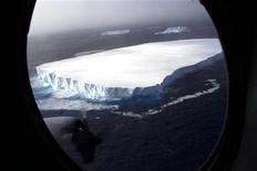 <p>Clima, tempeste in aumento su Artico: rischi per petrolio, pesca. REUTERS PICTURE</p>