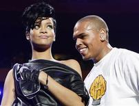 <p>Musicians Chris Brown and Rihanna perform during the Z100 Jingle Ball in New York in this December 13, 2008 file photo. REUTERS/Lucas Jackson/Files</p>
