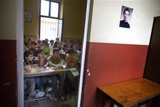 <p>Scuola, libri dureranno 5 anni, si potranno scaricare dal Web. REUTERS/Jerry Lampen</p>