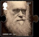 <p>Un francobollo con l'immagine di Charles Darwin. REUTERS/Royal Mail/Handout (BRITAIN). FOR EDITORIAL USE ONLY. NOT FOR SALE FOR MARKETING OR ADVERTISING CAMPAIGNS.</p>