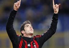 <p>O meia Kaká, do Milan, espera um milagre para jogar o clássico que sua equipe disputará no domingo contra a Inter de Milão -- o time precisa ganhar para manter vivas as suas esperanças de lutar pelo título do Campeonato Italiano. REUTERS/Giampiero Sposito</p>