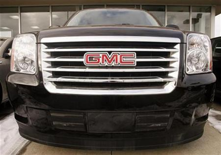 A General Motors vehicle is seen at a car dealership in Toronto December 12, 2008. REUTERS/Mike Cassese