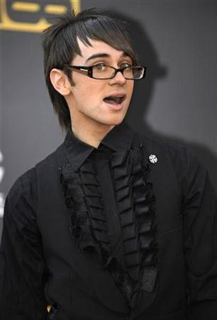 Fashion designer Christian Siriano arrives at the 2008 American Music Awards in Los Angeles November 23, 2008. REUTERS/Phil McCarten
