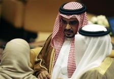 <p>Crown Prince of Bahrain Sheikh Salman Bin Hamad Bin Isa Al-Khalifa in Doha, November 29, 2008. REUTERS/Osama Faisal</p>