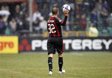 <p>David Beckham em jogo do Milan. REUTERS/Giampiero Sposito</p>