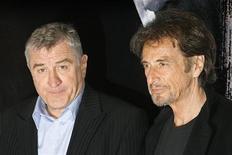 <p>Gli attori Robert De Niro e Al Pacino. REUTERS/Dario Pignatelli (ITALY)</p>