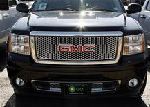 <p>A GMC truck made by General Motors is seen for sale in Denver February 26, 2009. REUTERS/Rick Wilking</p>