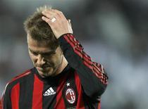 <p>Beckham durante jogo em Doha, na quarta-feira. O Milan deve renovar empréstimo do jogador, que expira na segunda-feira, antes de domingo. REUTERS/Fadi Al-Assaad (QATAR)</p>