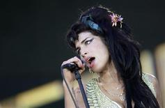 "<p>British singer Amy Winehouse performs during the ""Rock in Rio"" music festival in Arganda del Rey, near Madrid, July 4, 2008. REUTERS/Juan Medina</p>"