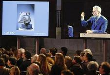 <p>Christie's auctions a bronze rat head made for the Zodiac fountain of the Emperor Qianlong's Summer Palace in China from the private art collection of late French fashion designer Yves Saint Laurent at the Grand Palais Museum in Paris February 25, 2009. REUTERS/Regis Duvignau</p>