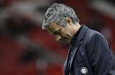 <p>L'allenatore dell'Inter Jose Mourinho a Manchester. REUTERS/Max Rossi</p>