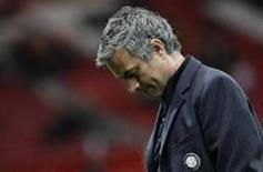 <p>Detetives britânicos estão investigando a acusação feita por um torcedor que alega ter sido agredido pelo técnico da Inter de Milão, José Mourinho, após a derrota do time italiano para o Manchester United, na cidade inglesa, informou a polícia. REUTERS/Max Rossi (REINO UNIDO)</p>