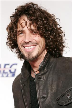 Musician Chris Cornell arrives for the 2009 MusiCares Person of the Year gala in honor of Neil Diamond in Los Angeles, February 6, 2009. REUTERS/Danny Moloshok/Files