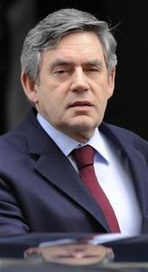 Britain's Prime Minister Gordon Brown leaves 10 Downing Street to attend the weekly Prime Minister's Questions session in the House of Commons, in London March 11, 2009. REUTERS/Toby Melville