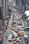 <p>Traffico nel centro di una metropoli. REUTERS</p>