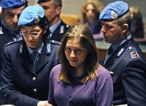 <p>Amanda Knox nell'aula del processo di Perugia. REUTERS/Daniele La Monaca (ITALY)</p>