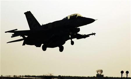 An Israeli fighter jet takes off from an air force base during a military drill in an undisclosed location in Israel May 1, 2007 in this picture released by the Israel Defence Forces (IDF) on May 2, 2007. REUTERS/Abir Sultan/IDF/Handout