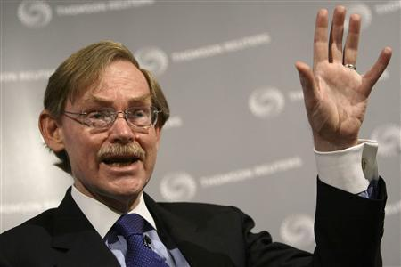 World Bank President Robert B. Zoellick gestures during a Newsmaker event at Reuters in London March 31, 2009. REUTERS/Stefan Wermuth