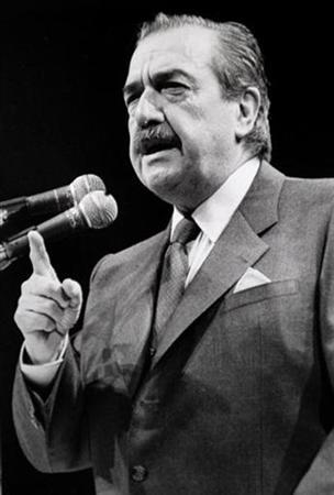 Argentine ex-president Raul Alfonsin speaks in Buenos Aires May 19, 1990. REUTERS/Stringer/Files