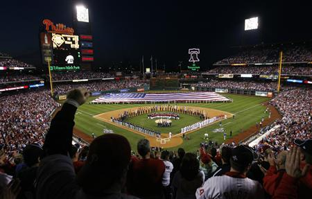 A view of the field before the start of the Philadelphia Phillies versus the Atlanta Braves opening day MLB game in Philadelphia, Pennsylvania, April 5, 2009. REUTERS/Tim Shaffer
