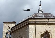 <p>Una chiesa danneggiata dal sisma REUTERS/Giampiero Sposito</p>