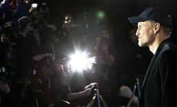 <p>Actor Woody Harrelson durante la promoción de la película 'The Messenger' en la versión 59 del festival Berlinale en Berlín febrero 9, 2009. Un paparazzo acusó al actor Woody Harrelson de agresión y de haber dañado una cámara de video el miércoles por la noche en el aeropuerto LaGuardia en Nueva York, dijeron autoridades. REUTERS/Fabrizio Bensch (ALEMANIA)</p>