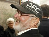 <p>Canadian Academy Award winning director Norman Jewison wears a Canadian Film Centre cap as he arrives at a luncheon celebrating the Canadian nominees for the Academy Awards at the residence of the Consul General of Canada in Los Angeles, California February 22, 2008. REUTERS/Fred Prouser</p>