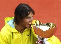 <p>Rafael Nadal vende Masters de Monte Carlo. REUTERS/Eric Gaillard</p>