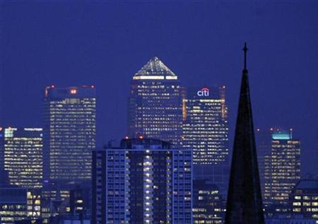 The financial district of Canary Wharf is seen from central London January 22, 2009. REUTERS/Toby Melville