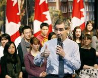 <p>Liberal leader Michael Ignatieff speaks to students at a town hall meeting at Western Canada High School in Calgary, Alberta, April 6, 2009. REUTERS/Todd Korol</p>