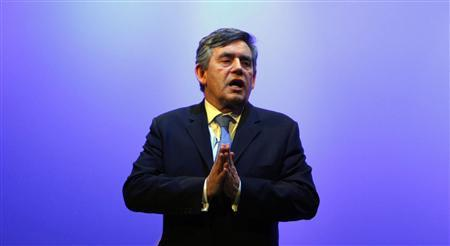 Prime Minister Gordon Brown delivers his address to the Royal College of Nurses congress in Harrogate, northern England, May 11, 2009. REUTERS/Phil Noble (