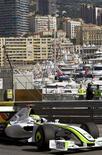 <p>Piloto britânico Jenson Button, da Brawn GP de Fórmula 1, durante os treinos em Mônaco. 21/05/2009. REUTERS/Max Rossi</p>