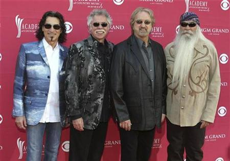 Oak Ridge Boys, (L-R) Richard Sterban, Joe Bonsall, Duane Allen, and William Lee Golden arrive at the 44th Annual Academy of Country Music Awards in Las Vegas April 5, 2009. REUTERS/Steve Marcus