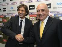 <p>Leonardo e Galliani alla presentazione del brasiliano come nuovo allenatore del Milan. REUTERS/Paolo Bona (ITALY SPORT SOCCER)</p>